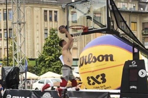 Украинец Поддубченко стал вторым на конкурсе данков FIBA