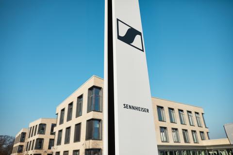 Sennheiser продав свій бізнес з виробництва навушників