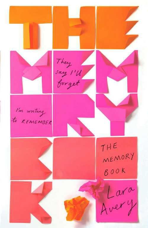 The Memory Book Лоры Эйвер. Автор обложки: Синем Эркас