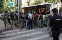 Двое задержанных в субботу крымских татар до сих пор под стражей (обновлено)
