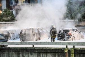 В Стокгольме уже четвертый день продолжаются беспорядки
