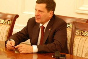 Одесский горсовет принял отставку мэра Костусева