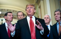 """Трамп оголосив, що готовий піти на поступки демократам у зв'язку з тривалим """"шатдауном"""""""