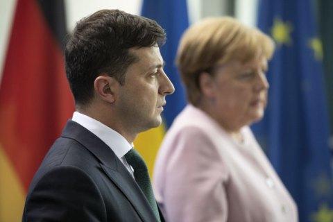 Зеленський і Меркель провели телефонну розмову, в якій обговорили ситуацію на Донбасі