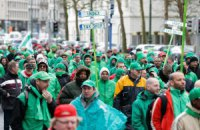 На улицы Брюсселя вышли до 100 тыс. противников политики жесткой экономии