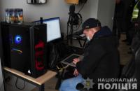"""25-летний украинский хакер """"взломал"""" более 100 известных иностранных компаний"""