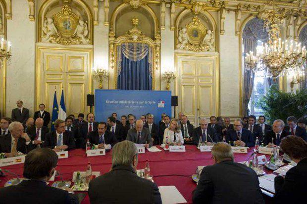 Международные делегаты обсуждают ситуацию в Сирии