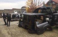 Полиция обнаружила в Киеве огромный склад угнанных элитных авто