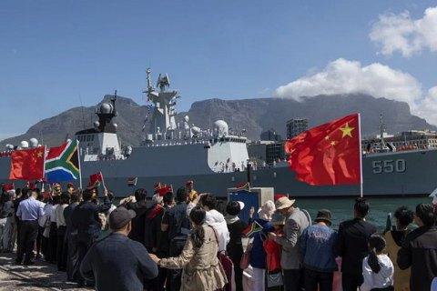 Военные учения РФ и Китая, новая турецко-ливийская граница, борьба Макрона. Африка: главное за неделю