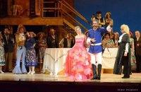 Труппу Днепропетровского театра оперы и балета отправили на карантин, трое госпитализированы