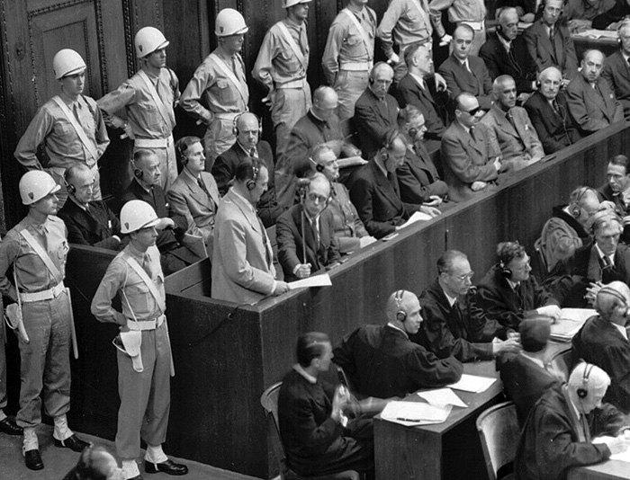 Підсудні на лаві Нюрнберзького трибуналу
