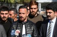 В Германии совершено покушение на футболиста, обвиненного в Турции в пропаганде терроризма