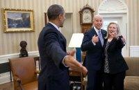Клінтон підтримала кандидатуру Байдена в президенти США