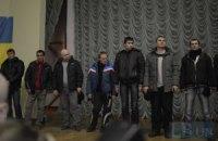 """Активисты поймали около 10 """"титушек"""" и допросили в Доме профсоюзов (добавлены ФОТО)"""