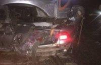 """Поїзд """"Інтерсіті +"""" врізався в легковий автомобіль під Києвом (оновлено)"""