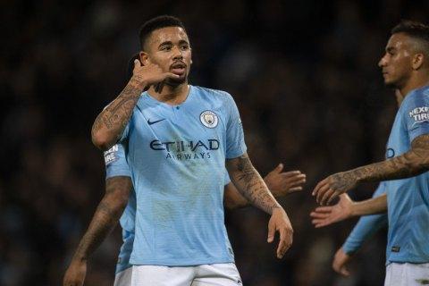 """Игрок """"Манчестер Сити"""" в матче АПЛ на полной скорости врезался головой в штангу"""