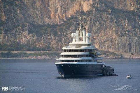 Лондонський суд вирішив арештувати яхту російського мільярдера вартістю $492 млн