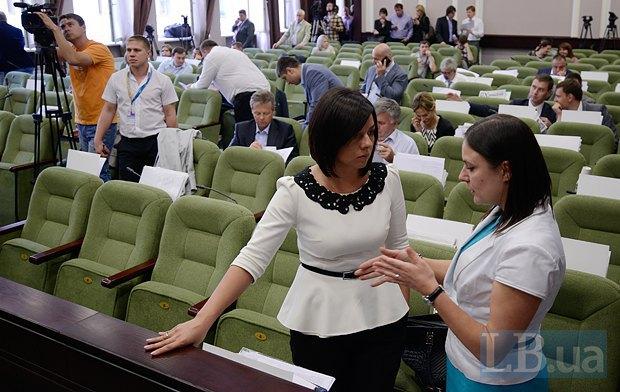 Алена Матузко(справа) и Рена Назарова