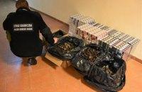 Двое украинцев пытались переправить через Западный Буг крупнейшую за год контрабанду янтаря