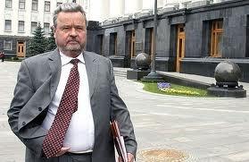 Янукович дал орден Плющу
