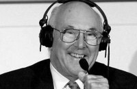 Помер легендарний британський коментатор Формули-1 Мюррей Вокер