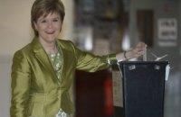 В Британии проходят парламентские выборы