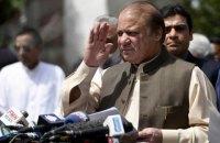 """Прем'єр-міністра Пакистану відсторонено від посади через """"Панамський архів"""""""