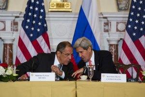 Керри указал Лаврову на мирную атмосферу в Киеве после свержения Януковича