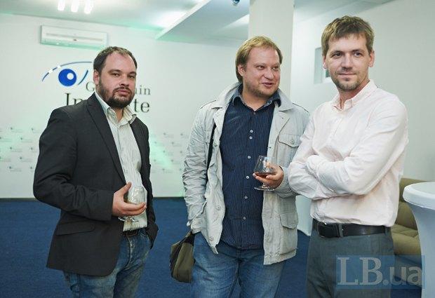 Дмитрий Неймырок(справа)