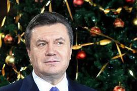 Янукович зажжет главную елку Украины