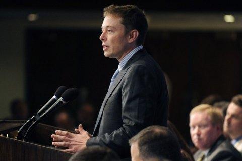 SpaceX увольняет 600 сотрудников