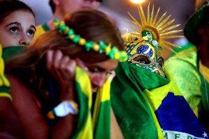 """Вісьмох бразильських фанів вбили у """"війні"""" наркокартелів"""