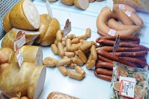 97% украинских колбас содержат синтетику и красители