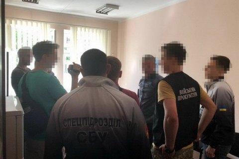 У Миколаївській області заступник директора центру зайнятості вимагав «відкати» у бізнесменів