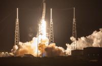 SpaceX вивела на орбіту 58 мікросупутників