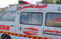 4 людей загинуло внаслідок ДТП у Пакистані, 25 осіб постраждали