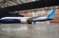 Boeing провела закрытую презентацию самой большой в мире модели самолета