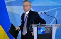 Порошенко уволил главу миссии при НАТО и посла Украины в Бельгии