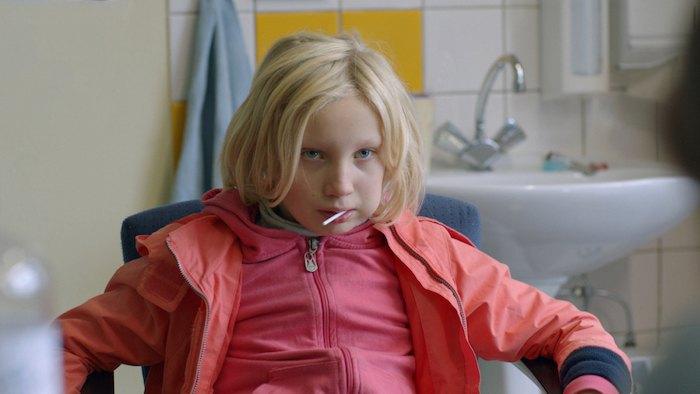 Кадр з фільму Руйнівниця системи