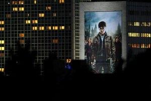 """Заключительный """"Гарри Поттер"""" собрал в мировом прокате более $1 млрд"""