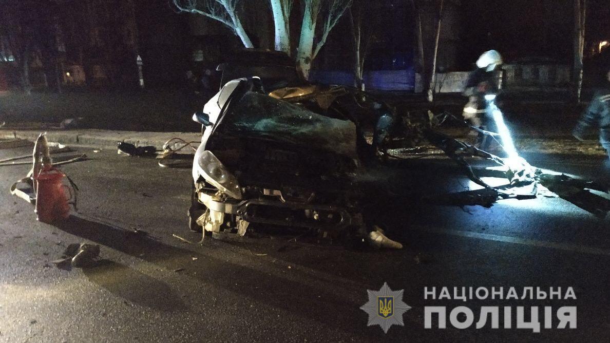 В ДТП погибли двое мужчин, женщина получила ранения