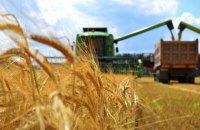 Мінекономіки вдруге за два тижні погіршило прогноз урожаю зерна через посуху