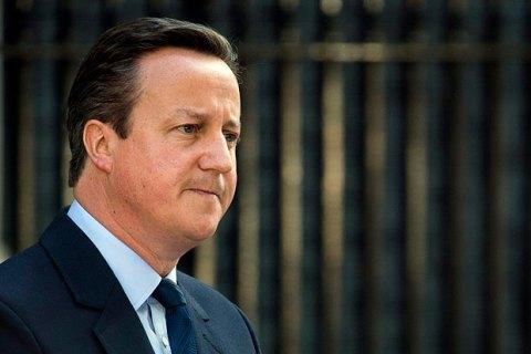 Кэмерон призвал НАТО говорить с Россией с позиции силы