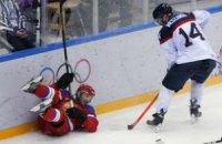 Плачущий генменеджер хоккейной России попросил прощения за позор с Канадой