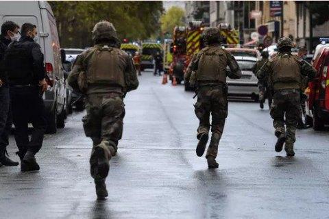 В Париже неизвестный с ножом напал на четырех человек рядом с прежней редакцией Charlie Hebdo (обновлено)