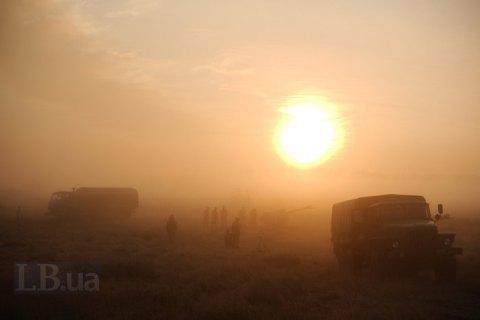 Двох військових поранено за добу на Донбасі