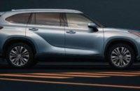 "Предприятие ""Укроборонпрома"" купило Toyota с панорамной крышей за 1,6 миллиона"