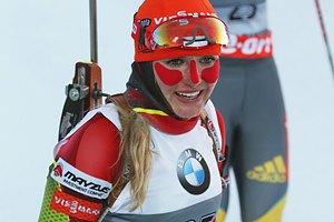 Биатлон. Последний спринт в сезоне выиграла Сукалова