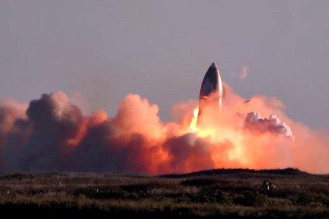 Прототип корабля SpaceX для польоту на Марс вибухнув під час посадки
