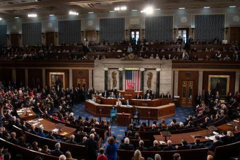 Конгресс отложил до декабря угрозу дефолта США